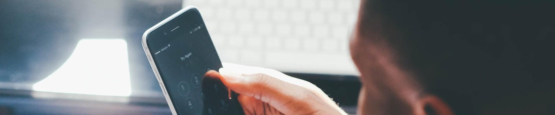 Smartfón a telefonovanie.